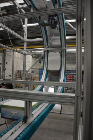 Wedge-conveyor-3-307x460